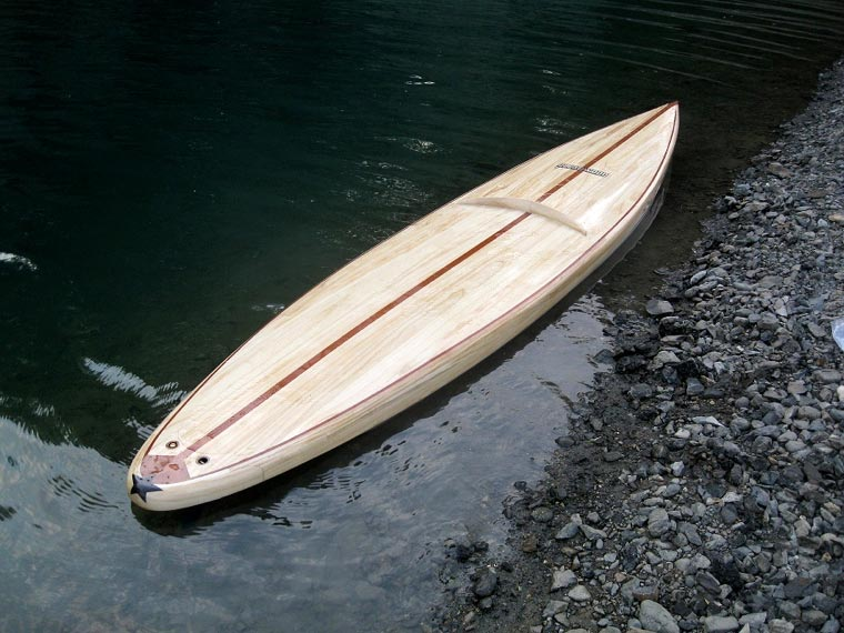 correct paddle board for flat water paddling